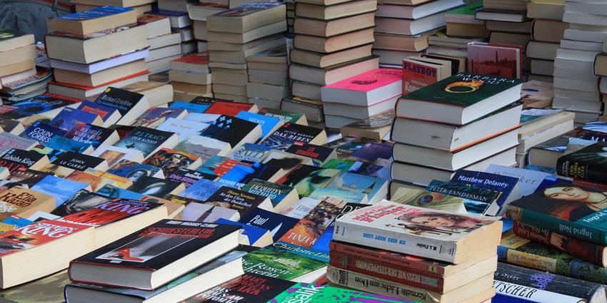 przeprowadzki bibliotek i księgarni